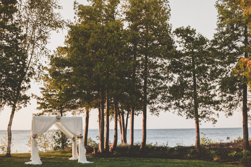 outdoor-door-county-egg-harbor-wisconsin-wedding