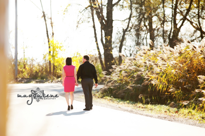 modern-wisconsin-engagement-pictures