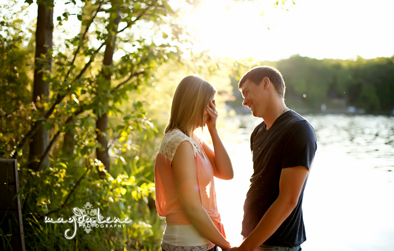 green-bay-engagement-photographer