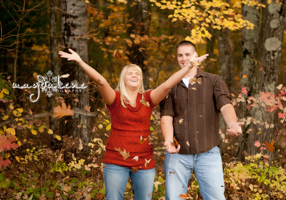 wisconsin-fall-engagement-pictures