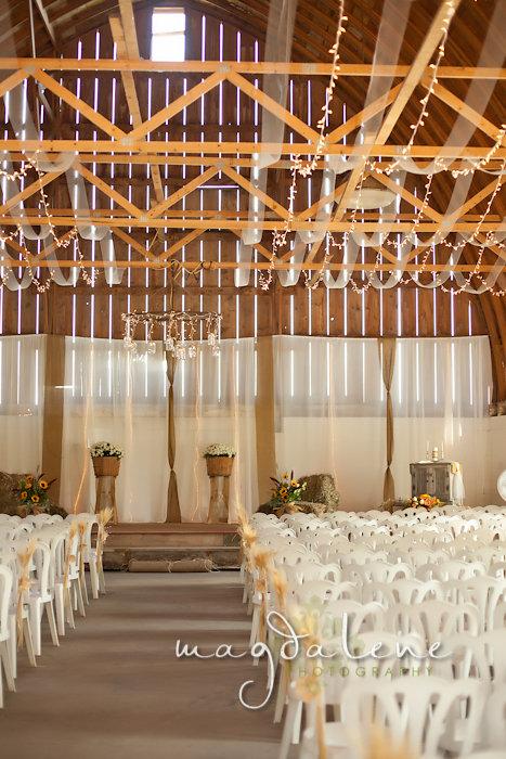 Wisconsin Wedding Photographer ceremony venue