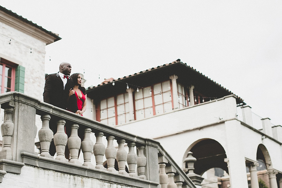 villa_terrace_milwaukee_engagement_pictures
